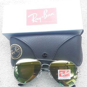 Brand New Gold RayBan Aviators 62mm Never Worn